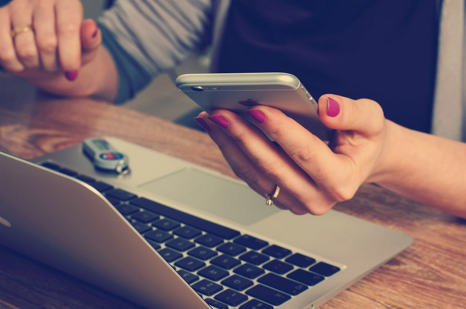 Are you a victim of Digital Interruptions-min